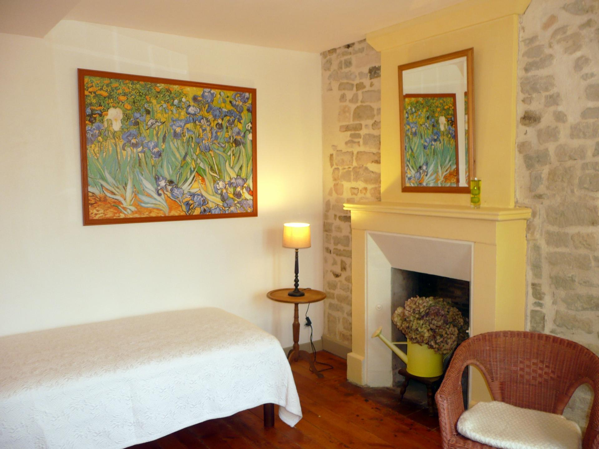 """""""Au jardin avec Van Gogh"""" (maison d'hôtes)"""