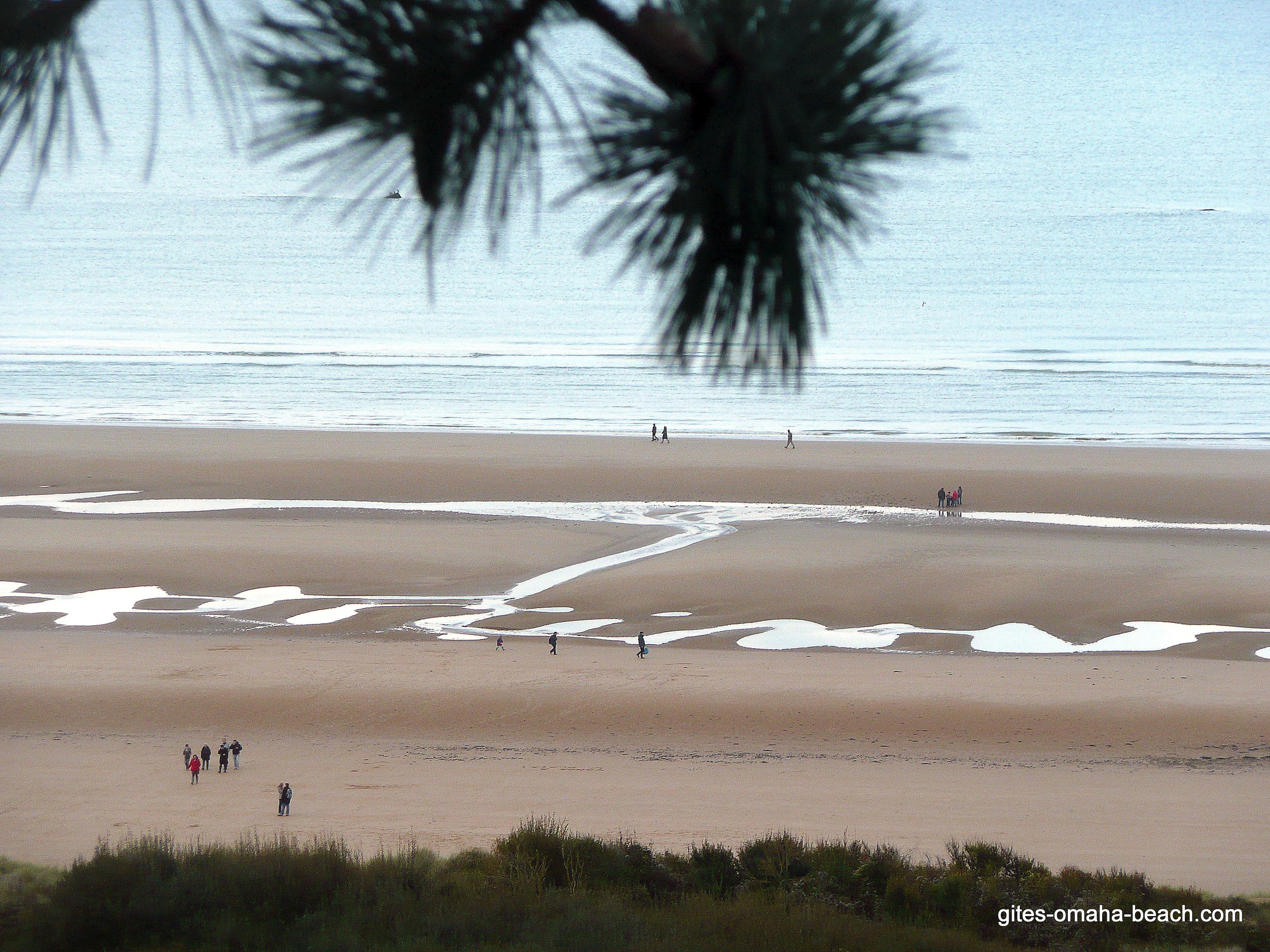 La plage d'Omaha Beach, vue du cimetière américain